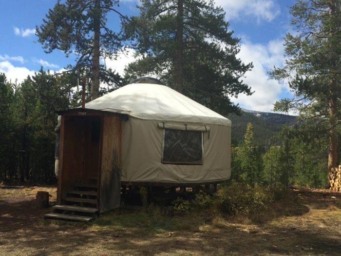 Star's Perch yurt at Galena Lodge.