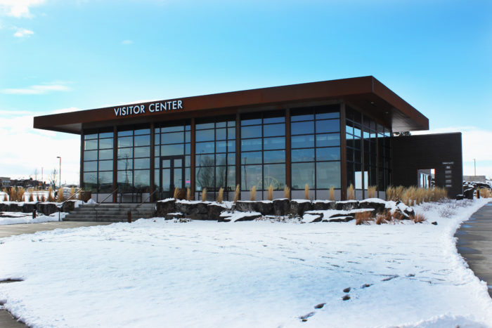 Twin FAlls VIsitor Center from the outside in winter