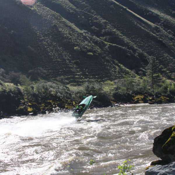 A First Timer's Guide to the Salmon River Jet Boat Races