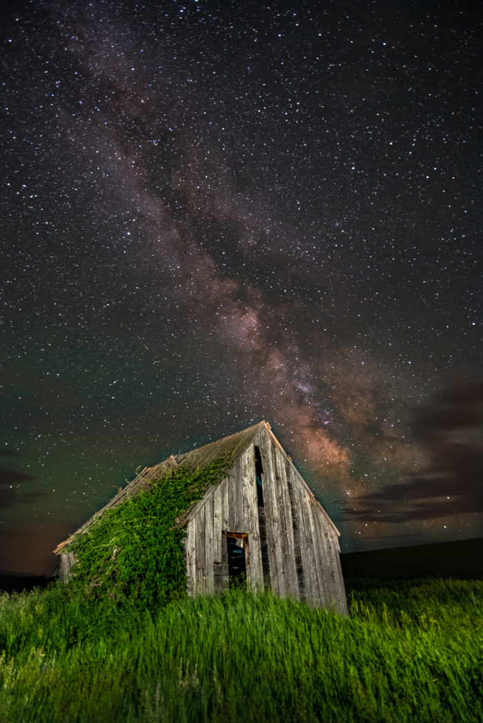 Old homestead backlight by starry night