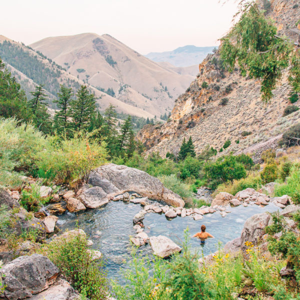 12 Essential Idaho Road Trip Experiences