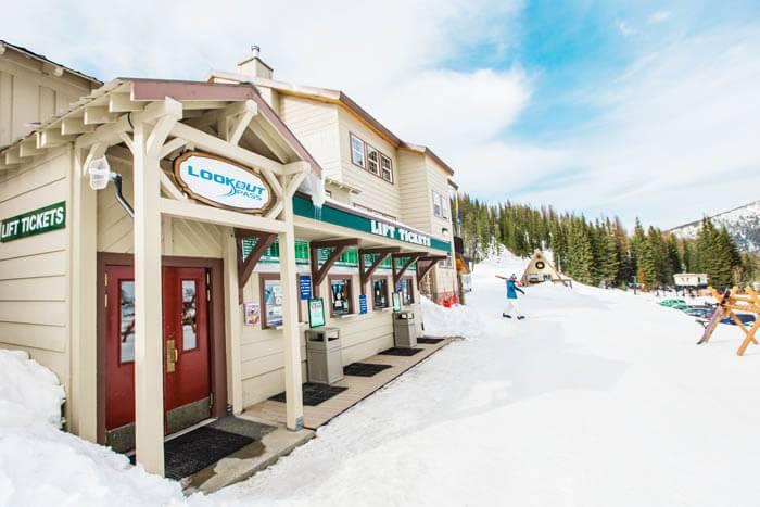 ski lift ticket office