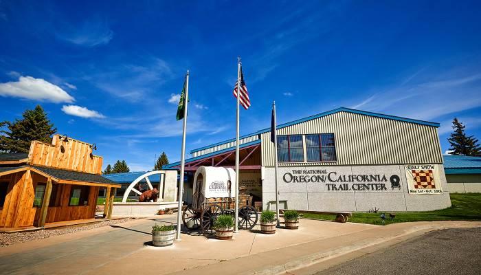 the-national-oregoncalifornia-trail-center