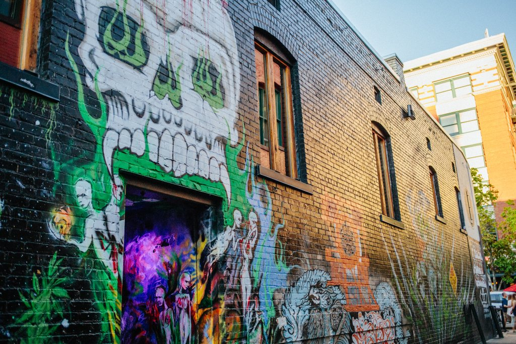 Exploring Freak Alley, Boise.