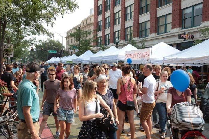 people a public market