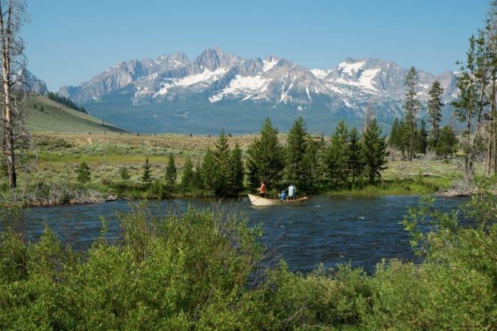 Sawtooth mountain view