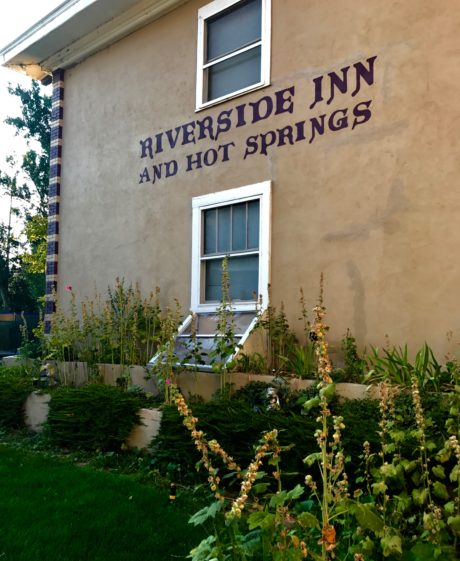 exterior riverside inn lava hot springs
