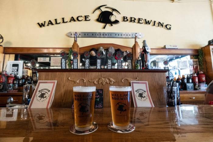 pint glasses at wallace brewing