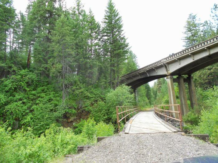 weiser river trail going under a train bridge