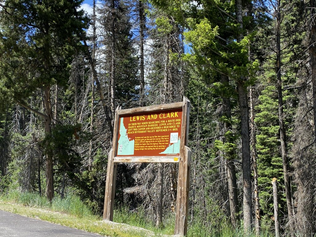 lewis and clark historical sign