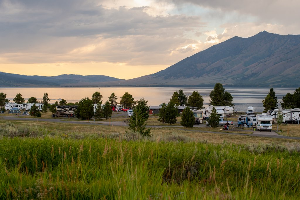 variety of campers along shore line of lake