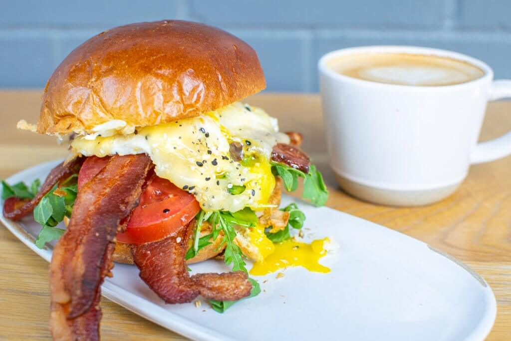 breakfast sandwich with egg and bacon