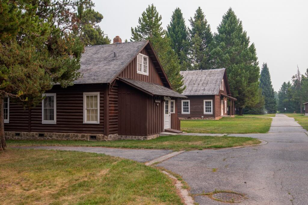 rustic cabins at harriman state park