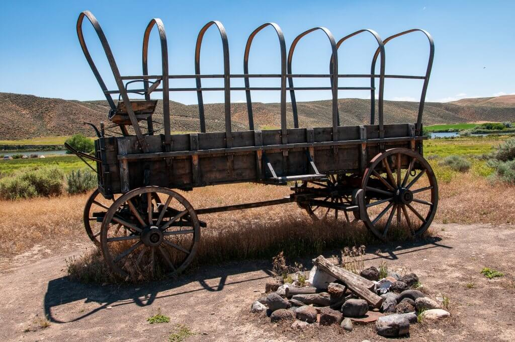 remnants of covered wagon at three island crossing state park