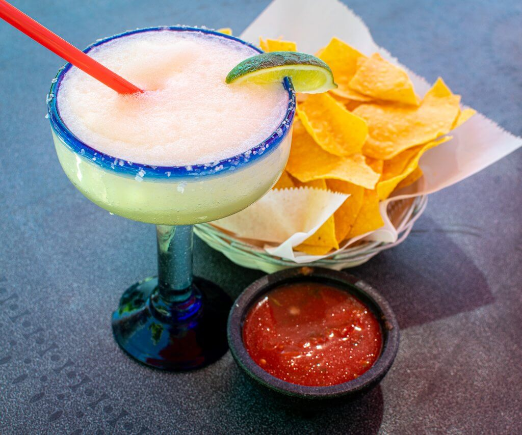 margarita with chips and salsa